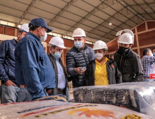 Empresarios y gobernador electo inician acción conjunta para fortalecer el Parque Industrial Santiváñez