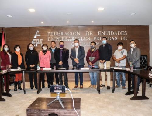 Empresarios coordinan futuras tareas con Manfred Reyes Villa